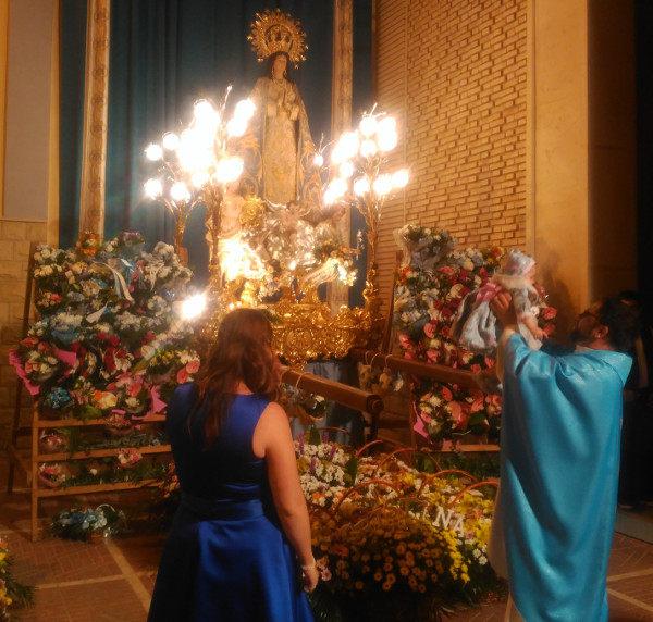 Ofrena de flors a la Puríssima i Rosari Blau