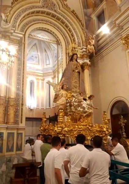 «Pujà» de la imatge de Sant Francesc i de la imatge de la Puríssima