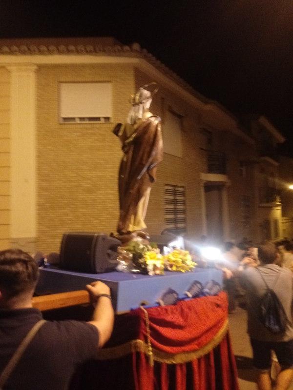 El Rosari Blau recorre els carrers del Raval